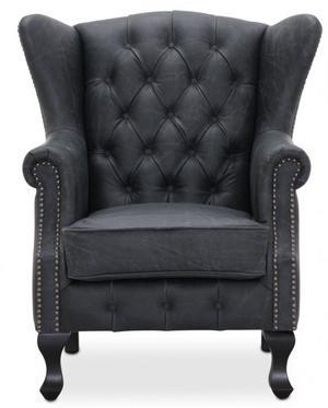 Lyx. Chesterfield Wing Chair i svart. 8 390 kronor på Dina Möbler.