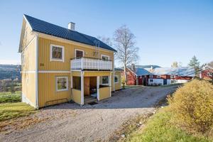 Huset är byggt 1909 och utgångspriset på fastigheten ligger på 1 950 000 kronor. Bild: LRF Konsult