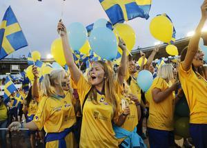 Så kan Dalarnas fotbollsklubbar bidra till en mer jämn fotbollsplan, skriver debattörerna. Foto: TT