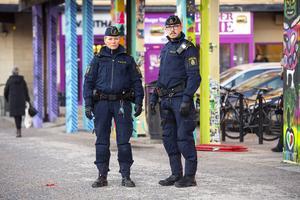 Emma Hoffman och Mikael Westerlund är sedan årsskiftet områdespoliser i Sundsvall.