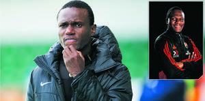 Robert Mambo Mumba som tränare för Dalkurd – och som U17-tränare i dagens FC Gute. Bild: Robin Nordlund och FC Gute