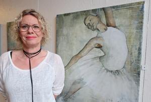 Inspirationen hämtar Anna Carlsson från alla möjliga håll – ur sitt huvud, naturen, bilder i tidningar och på internet.