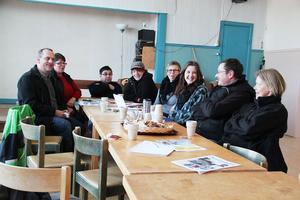 De som kom till mötet i lördags om Skålbo bygdegårds framtid var, från vänster: Hans Hermansson, Kerstin Fredriksson, Roger Brytzer, Carola Ståhl, Inger Magnusson, My Fransson, Peter Fransson och Astrid Wallström.