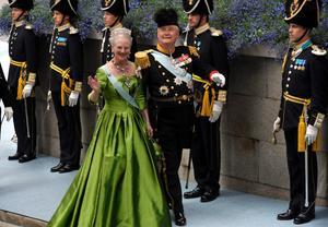 Drottning Margarethe av Danmark 5/5. Hon är verkligen urmoder för det majestätiska och mest kunglig av alla tycker jag. Hon kan konsten att klä sig personligt och samtidigt göra den kunglig. Hon har växt in i sin stil och klarar att bära upp starka plagg och smycken utan att det ser konstlat ut.