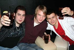 Konrad. Kim, Leif och Alnäs