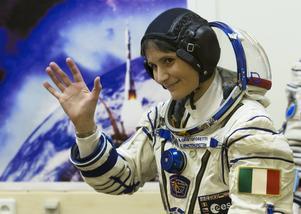 Under tjugo minuter kommer eleverna kunna ställa frågor till Samantha Cristoforetti på ISS.