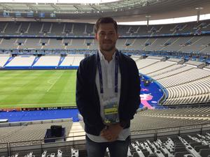 Oskar Lund på Stade de France. Här möter Island Österrike den 22 maj.