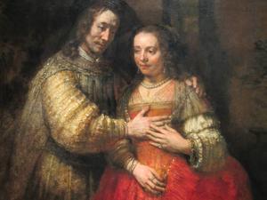 Rembrandts berömda målning Judebruden finns på Rijksmuseum i Amsterdam.