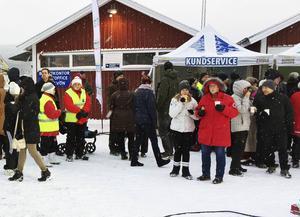 I dag spelas Postkodlotteriet in i Köpmanholmen, och vinster för drygt 5,6 miljoner kommer att delas ut.