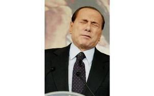 Den italienske premiärministern Silvio Berlusconi är på nytt i blåsväder. AP Photo/Pier Paolo Cito