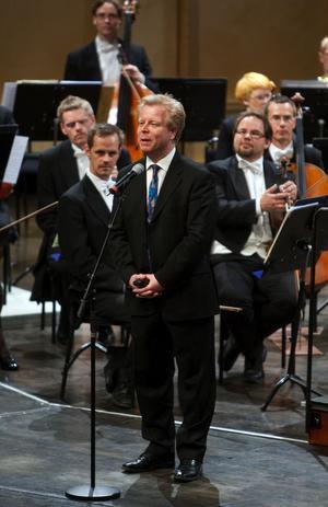Orkesterchef Leif Karlsson var en av födelsedagstalarna.