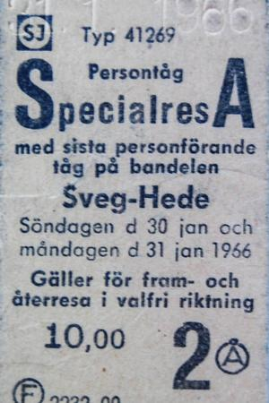 Den biljett Herman Berglund köpte på sista rälsbussturen, när han blev den siste passageraren på Hedebanan 1966.