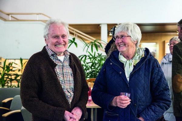 Marianne Juliusson imponerades av Evert Erikssons produktivitet och skickliga träkonst.