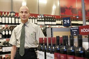 Emil Boss. Bilden är tagen 2011 när han debuterade med diktsamlingen