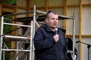Kultur- och fritidsnämnden och dess ordförande Stefan Svensson, (S) har fått utredningen kring bygget av ett kommunalt ridhus.  Nu kommer den vara underlag när Kumla kommun tar beslut om budgeten för de kommande åren.