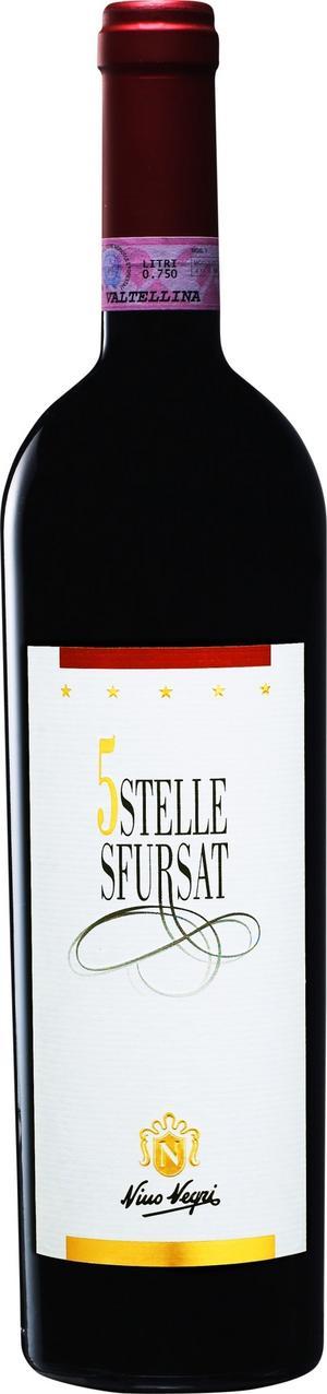 Värt sitt pris. Från Norditalien kommer den magnifika vinskapelsen Sfursat 5 Stelle som man förstår är värt sina 425 kronor om man väl testar det.