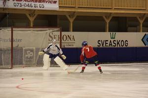Daniel Liw mot Henrik Karlström