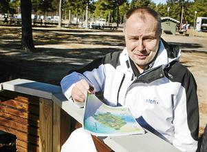Thomas Gunnarsson, föreståndare för Stenö havsbad och camping, tror att hjärtat måste vara med om man ska vara villig att investera i Stenö.