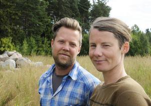Niklas Olsson och Lisa Holmberg.
