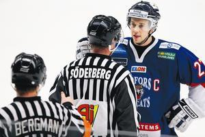 Efter två år med BIK-tröjan i garderoben drar Östlund åter på sig den.