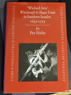 Per Sörlin har skrivit om skandinaviska häxprocesser i internationella läroböcker. Här han doktorsavhandling.