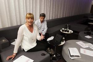 Marie Nordén, riksdagsledamot och Sven-Åke Draxten, kommunalråd i Bräcke, presenterade partiets förslag.