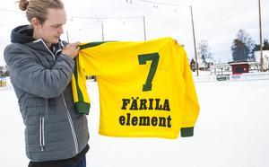 Jocke Bergius med tröja nummer 7 – den som guldhjälten Stefan Johansson kommer att lämna över till Oscar Jonsson innan avslag i matchen mot Hammarby,