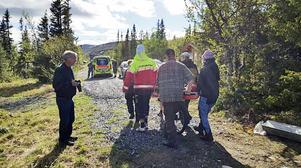 Ambulans från Bräcke förde mannan till sjukhus för vård.