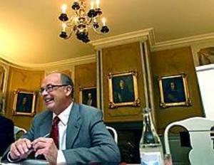 Foto: LEIF JÄDERBERG Slottsherre. För en vecka sedan blev Christer Eirefelt \ntillfrågad om han ville ha landshövdingejobbet. Om en \ndryg månad flyttar han in på slottet i Gävle.
