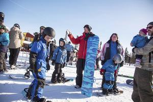 Andreas Sjöbeck hade hand om en grupp barn som ville lära sig att åka snowboard.