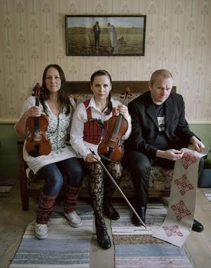Folkmusikgruppen Homecraft kommer att spela på dans- och spelstämman i Anundsjö.