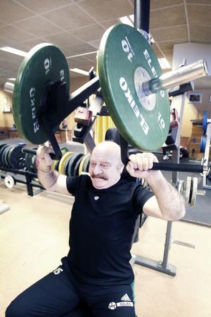 Sabah Markus Bedawid har varit arbetslös i sju år. Han säger att träningen hjälper honom att hålla modet uppe.