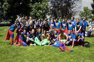 Carlforsska SPER07 som klätt ut sig till Supermans Bild