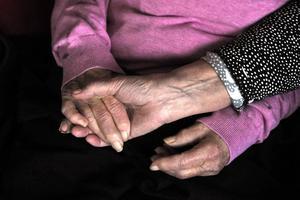 Anhöriga har en stor roll i vården och deras behov måste alltid tillgodoses, skriver insändarskribenten.