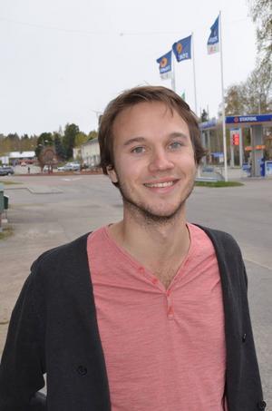 Kilaforsregissören Johan Bodell får visa sin film om Skogens Kol på den stora filmfestivalen i Cannes.