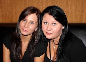 Pluto. Anna och Mikaela