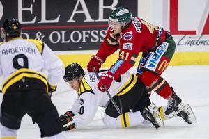 Mattias Nörstebö spelar från start mot Linköping efter att ha kallats hem från spel i Mora.