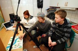Therese Nilsson, från Hissmofors, Jonatan Olsson, från Krokom och Magnus Dalsätt, från Dvärsätt jobbade med animerad film. Foto: Jan Andersson