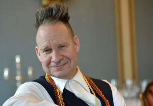 Operaregissören Peter Sellars står för Östersjöfestivalens inledningsverk, tillsammans med Esa-Pekka Salonen. Arkivbild.