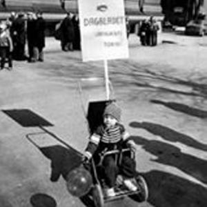 Daniel Bolin demonstrerar för Dagbladet - i barnvagn.