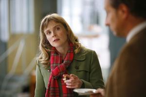 Med franska nerver. Isabelle Carré spelar Angelique, skicklig på choklad men usel på att hantera känslor.