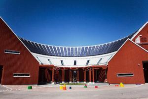 Sånghusvallen har fram tills i dag kostat 65, 6 miljoner kronor. En byggnad som kan bli en dyrköpt affär för kommunen.