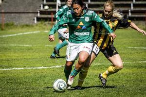 Danielle Au gjorde två mål när K/D spelade 3–3 mot Gustafs.