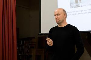 Hans Sjöberg, miljöhandläggare på Länsstyrelsen Gävleborg, utlovade till slut ett nytt samråd.