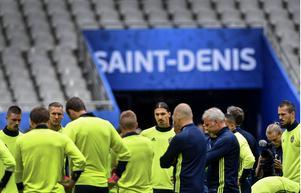 Här kommer startelvan inför Sveriges EM-premiär mot Irland på Stade de France.