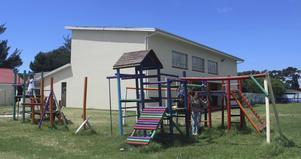 Här, på Heatherdale Children's Home i Kapstaden i Sydafrika, arbetar Kajsa Larsson som volontär.
