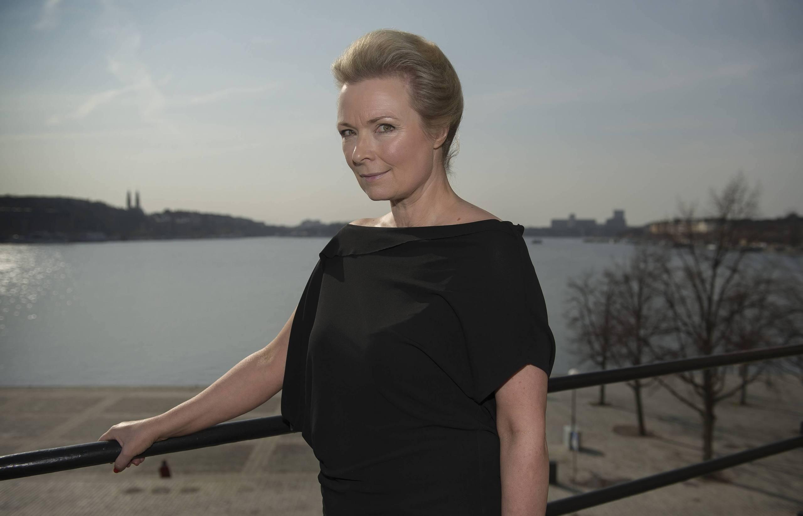 snapchat ledsagare stort bröst i stockholm