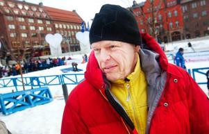 Henry Öhlund, Östersund:– Jag har sett ljusspelen, isskulpturer och skidåkningen. Det är ett bra arrangemang och det bra marknadsföring för Östersund, vi behöver mycket turister. En vinterstad behöver en vinterfestival.