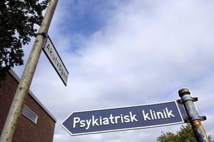 Trycket på den psykiatriska slutenvården har ökat med 15 procent i genomsnitt i landet under perioden 2007-2012. I Jämtlands län var siffran 62 procent.