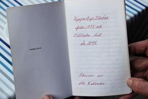 Boken är skriven av Stens farbror, Nils Wallinder.